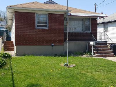 Single Family Home For Sale: 2075 North Railroad Avenue