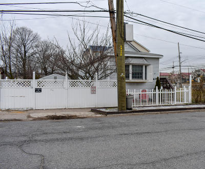 Staten Island Single Family Home For Sale: 637 Oceanside Avenue