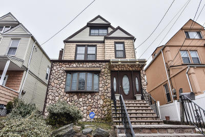 Single Family Home For Sale: 38 Scarboro Avenue