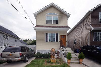 Single Family Home For Sale: 288 Gordon Street