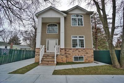 Staten Island NY Single Family Home For Sale: $929,000