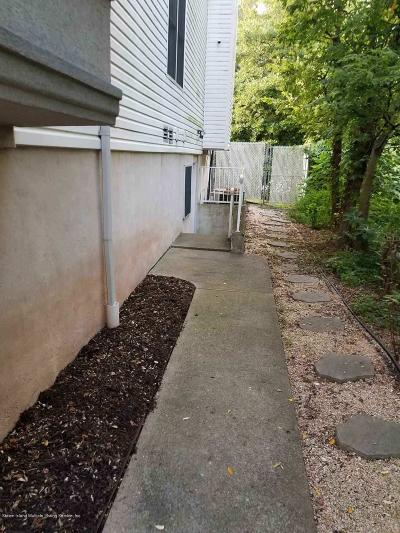 Staten Island Rental For Rent: 4 Depew Place