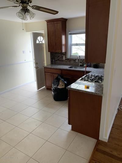 Staten Island Rental For Rent: 49 Signs Road