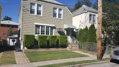 Staten Island Single Family Home For Sale: 7 Davis Court