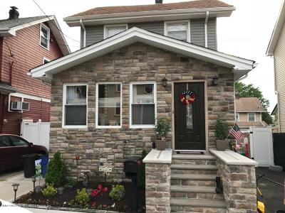 Single Family Home For Sale: 8 Sommers Lane