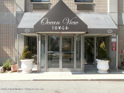 Staten Island Condo/Townhouse For Sale: 49 Hylan Boulevard #2d