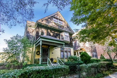Single Family Home For Sale: 131 St Marks Place