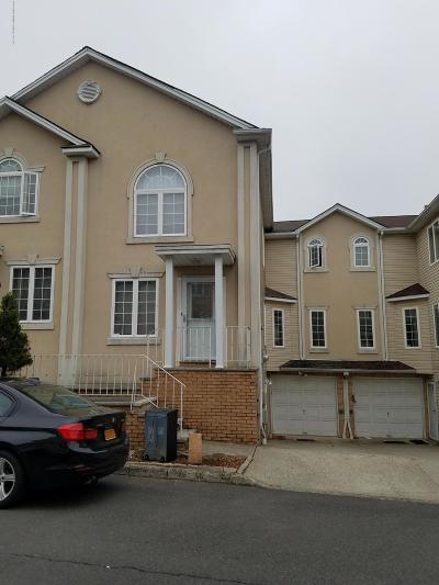 Staten Island Two Family Home Acceptance: 63 Erika Loop