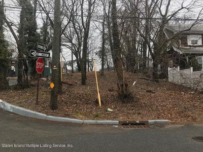 Staten Island Two Family Home For Sale: 3094 Richmond Road