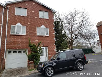 Staten Island Semi-Attached For Sale: 21 Giordan Court