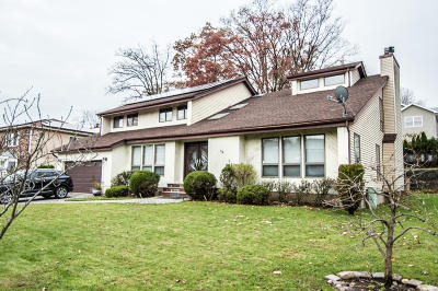 Staten Island Single Family Home For Sale: 74 Meade Loop
