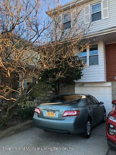 Staten Island Semi-Attached For Sale: 946 Clove Road