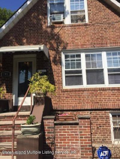 Staten Island Rental For Rent: 105 Hickory Avenue