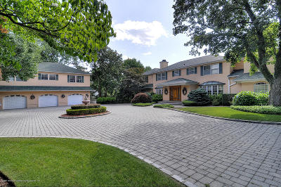 Staten Island Single Family Home For Sale: 738 Todt Hill Road