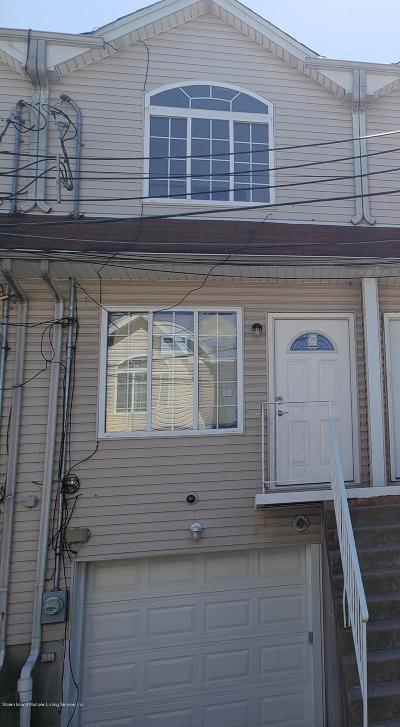 Staten Island Single Family Home For Sale: 12 Mickardan Court