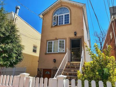 Staten Island Single Family Home For Sale: 775 Van Duzer Street