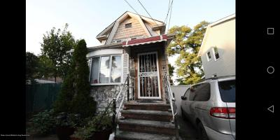 Staten Island NY Single Family Home For Sale: $499,000