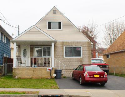 Single Family Home For Sale: 44 Tillman Street