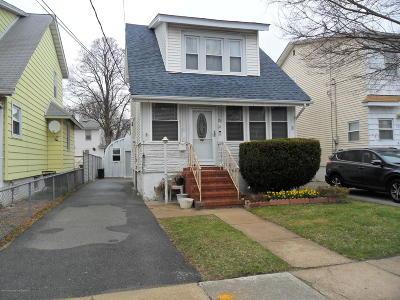 Staten Island Single Family Home For Sale: 25 Beekman Street