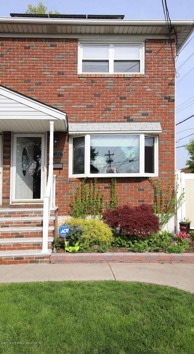 Staten Island Semi-Attached For Sale: 123 Sheraden Avenue