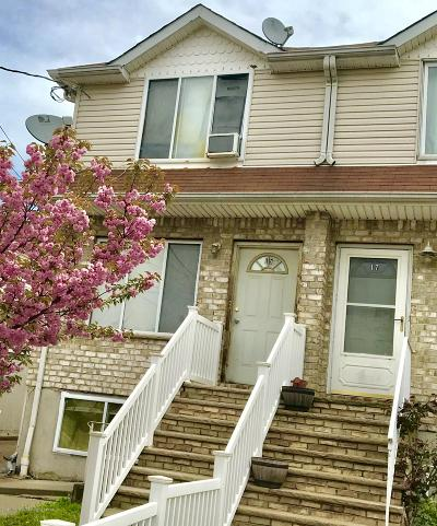 Staten Island Single Family Home For Sale: 15 N Burgher Avenue