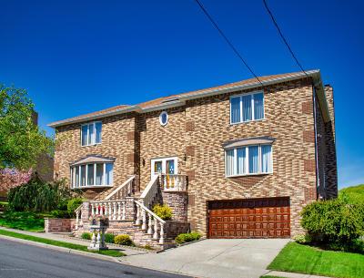 Staten Island Single Family Home For Sale: 52 Ridge Avenue