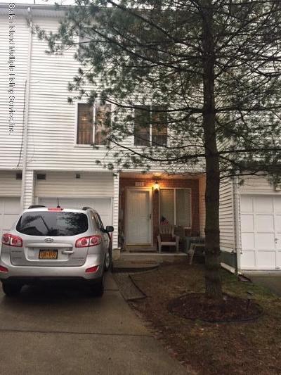 Staten Island Single Family Home For Sale: 171 Aspen Knolls Way