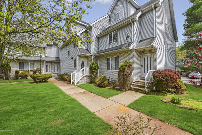 Staten Island Single Family Home For Sale: 61 Fairlawn Loop