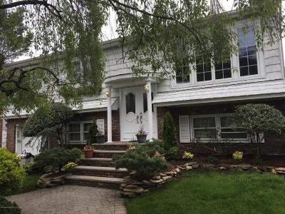 Staten Island Two Family Home For Sale: 642 Woodrow Road
