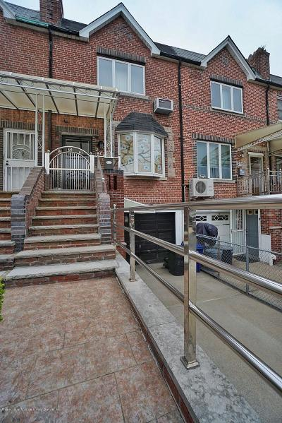 Brooklyn Single Family Home For Sale: 274 Bay 20th Street