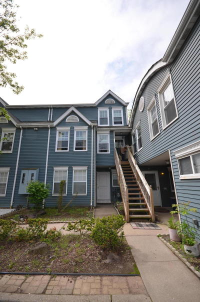 Staten Island Condo/Townhouse For Sale: 29 Pond Way #B