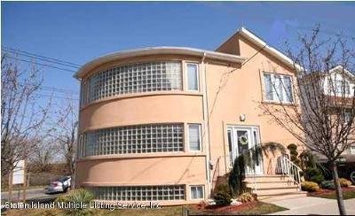 Single Family Home For Sale: 55 Poplar Avenue