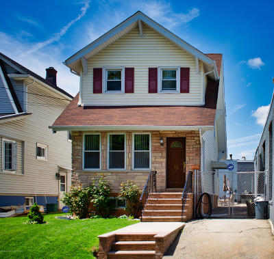 Staten Island Single Family Home Acceptance: 18 Winant Street