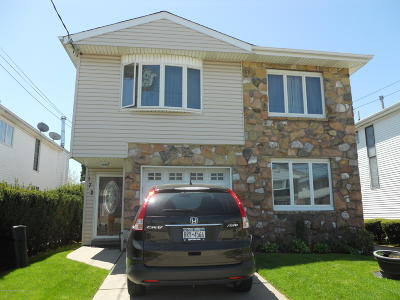 Staten Island Two Family Home For Sale: 172 Slater Boulevard