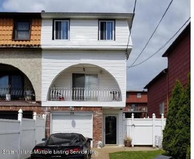 Staten Island Semi-Attached For Sale: 35 McVeigh Avenue