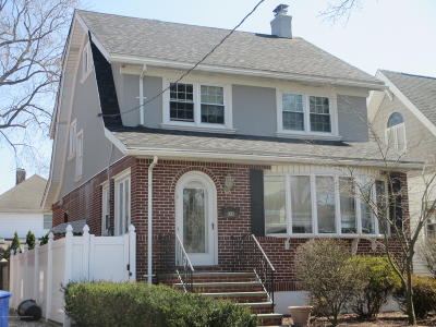 Single Family Home For Sale: 34 7th Street