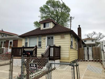Staten Island Single Family Home For Sale: 1200 Olympia Boulevard