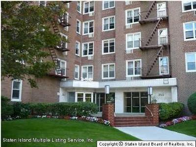 Staten Island Co-op For Sale: 350 Richmond Terrace #3v