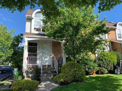 Staten Island Condo/Townhouse For Sale: 92 B Debbie Street