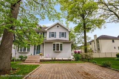 Staten Island Single Family Home For Sale: 100 Tarring Street