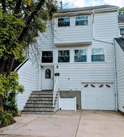 Staten Island Single Family Home For Sale: 159 Dover Green