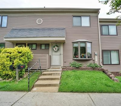 Staten Island Condo/Townhouse Acceptance: 48 Cypress Loop