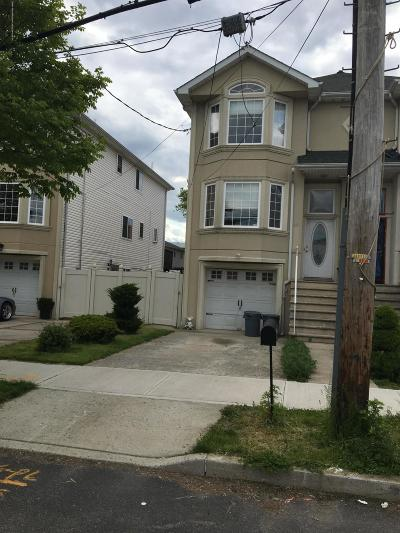 Semi-Attached For Sale: 319 Olympia Boulevard