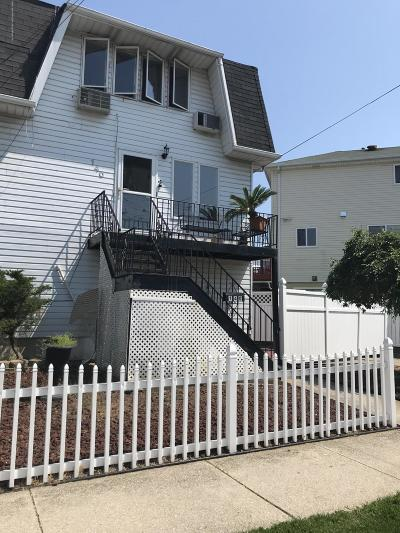Staten Island Single Family Home For Sale: 140 Robin Road