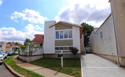 Staten Island Single Family Home For Sale: 80 Manchester Drive