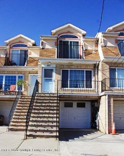 Staten Island Two Family Home For Sale: 977 Father Capodanno Boulevard
