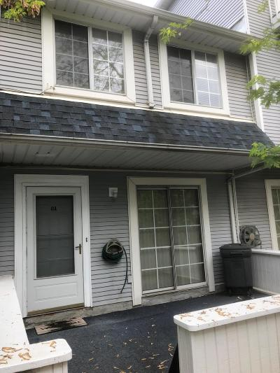 Staten Island NY Single Family Home For Sale: $294,888