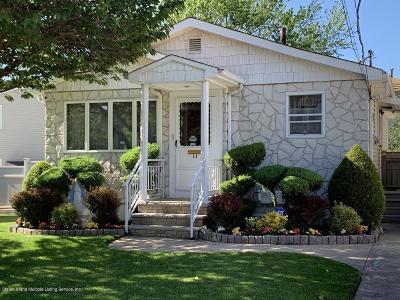 Single Family Home For Sale: 11 Bolivar Street
