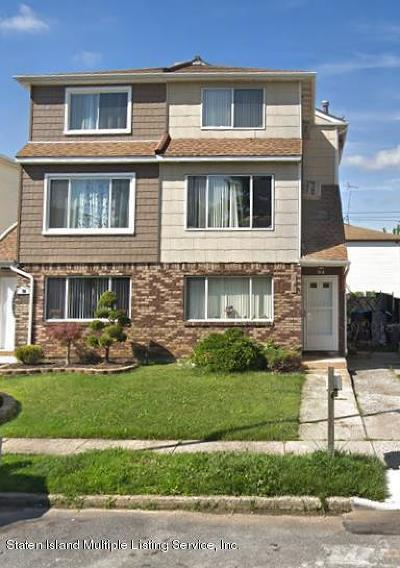 Staten Island Two Family Home For Sale: 94 Sandalwood Drive