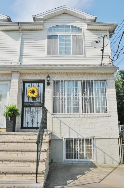 Staten Island Semi-Attached For Sale: 15 Margo Loop